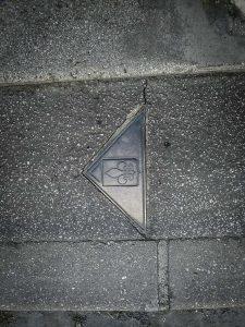 soissons-bronzen-driehoeken