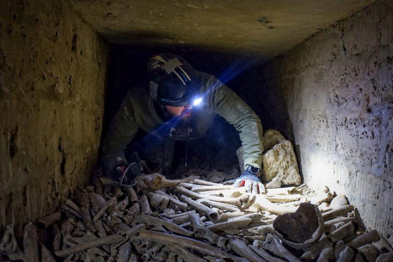 catacomben-throne
