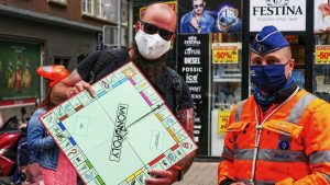 men and monopoly - foto1