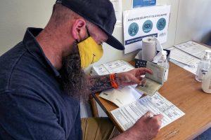 PCR test over de grens - CLL - foto3 - paspoort of identiteitskaart