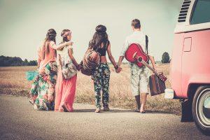 hippies-hand--hand